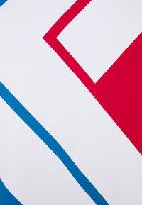 Karl Kani - UNISEX BLOCK CREW - Mikina - blue - 7