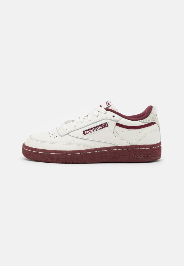 CLUB C 85 UNISEX - Matalavartiset tennarit - chalk/merlot