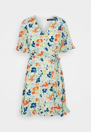 ALANETTA SHORT SLEEVE DAY DRESS - Kjole - colonial cream/blue/multi