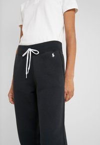 Polo Ralph Lauren - SEASONAL - Pantaloni sportivi - polo black - 4