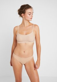 Chantelle - SOFTSTRETCH SOFT CUPS - Bustier - nude - 1