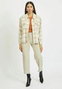 Vila - Summer jacket - sandshell - 1
