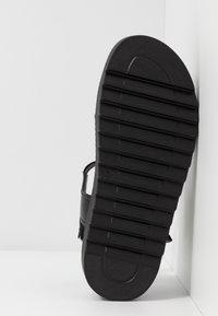 Koi Footwear - VEGAN  - Plateausandalette - black - 6