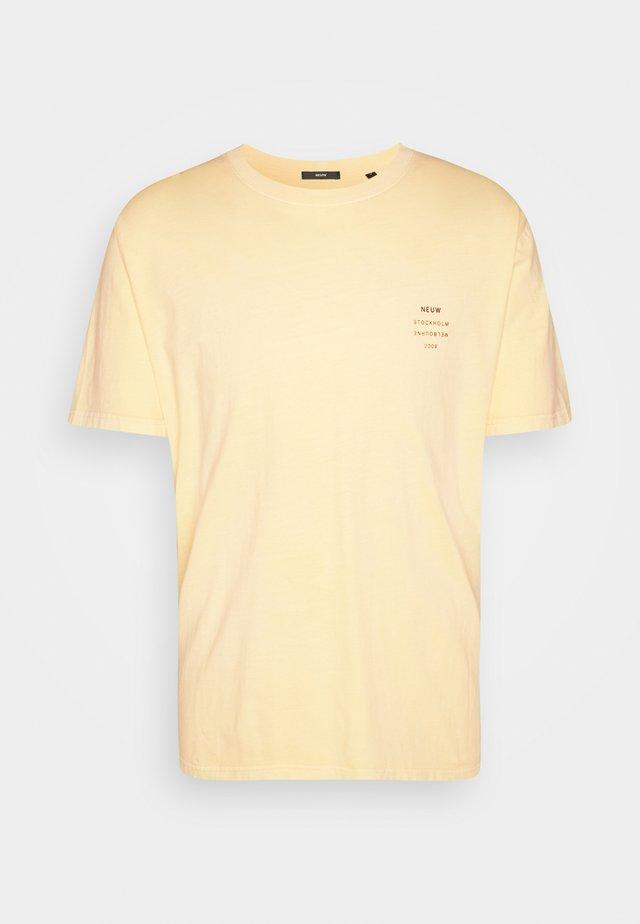 BAND TEE - Basic T-shirt - gold