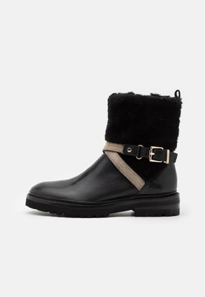 CHAIN ROAD - Classic ankle boots - black
