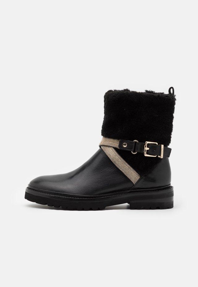 CHAIN ROAD - Korte laarzen - black