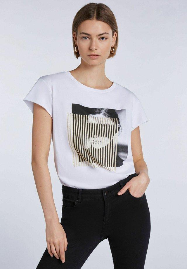 T-shirt imprimé - bright white