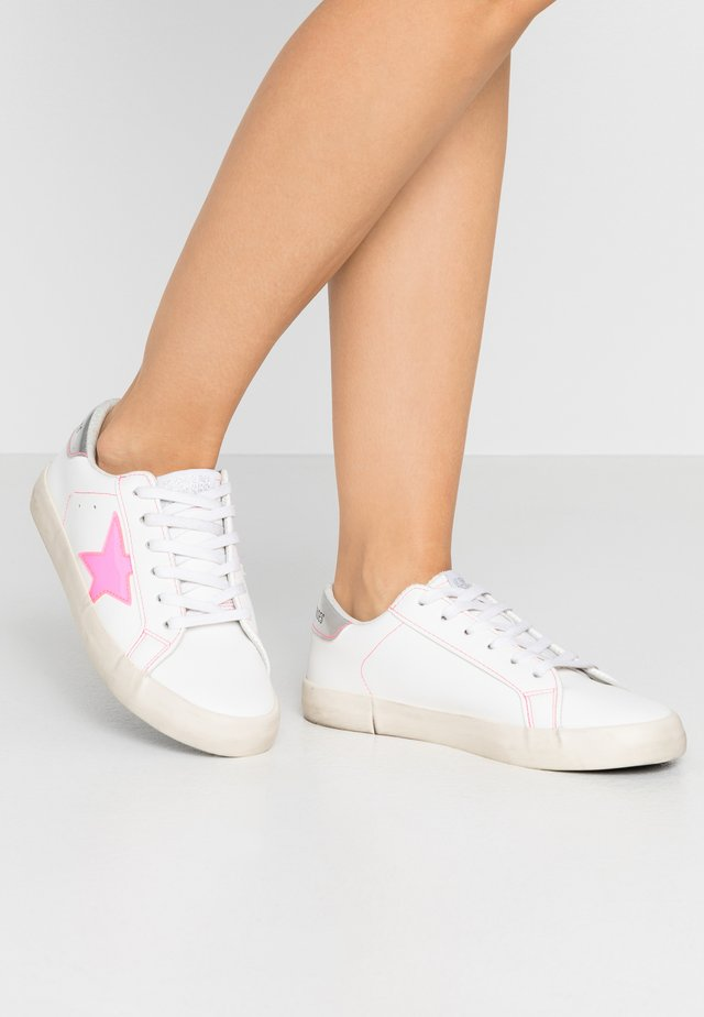 CITY - Baskets basses - neon pink