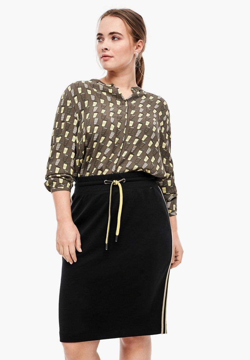 Triangle - A-line skirt - black