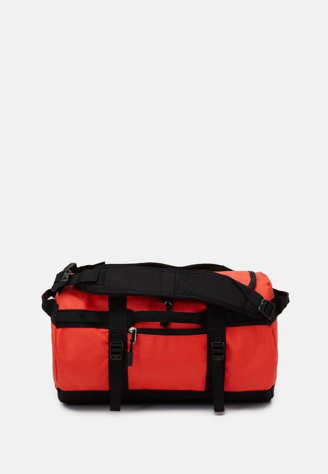 BASE CAMP  - Sportovní taška - black