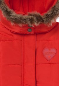 Blue Seven - KIDS FAUX FUR HOOD - Winterjas - tomate - 5