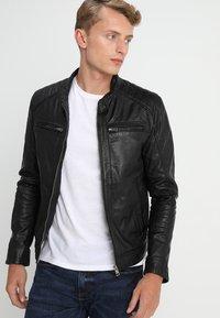 Serge Pariente - SEAN - Leather jacket - black/light grey hood - 3