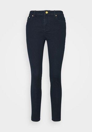 SELMA SKINNY - Jeans Skinny Fit - twilight wash