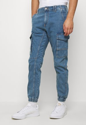 JJIPAUL JJFLAKE - Tapered-Farkut - blue denim