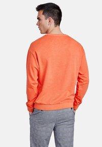 NEW IN TOWN - LONGSLEEVE - Sweater - orange - 2