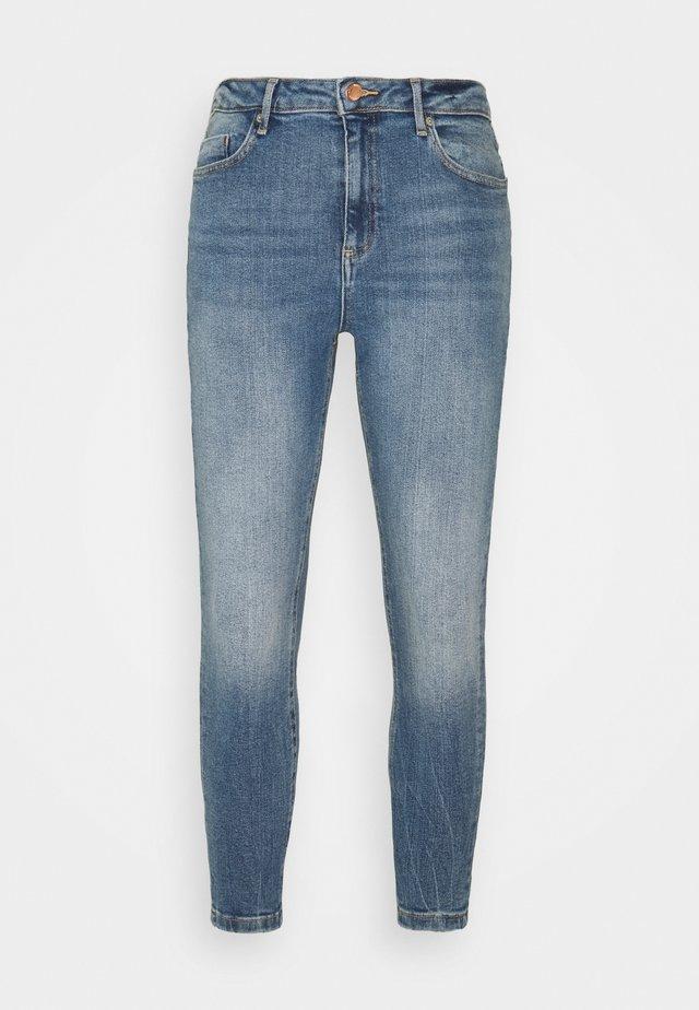 LIZZIE - Straight leg jeans - mid wash