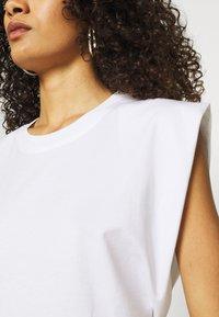 ARKET - T-shirt basique - white - 4
