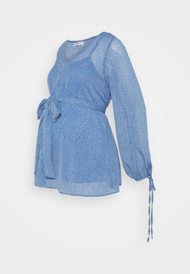 BLOUSE WITH BELT MATERNITY - Button-down blouse - blue/white