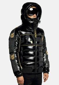 JACK1T - Denim jacket - black/wet black/gold - 0