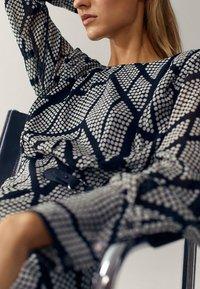 Massimo Dutti - Shift dress - black - 5