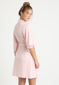 LASCANA - Dressing gown - light pink - 2