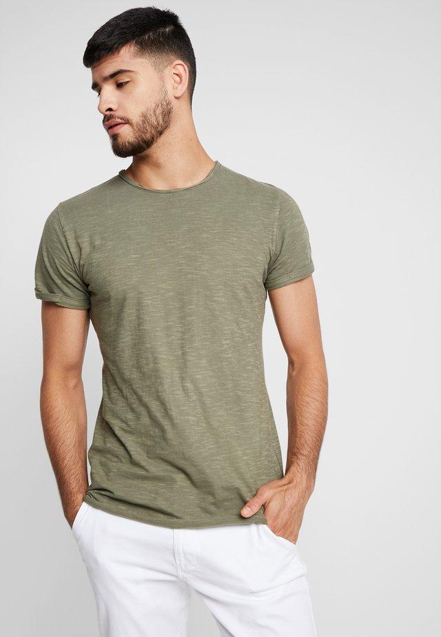 ALAIN - T-shirt basic - army