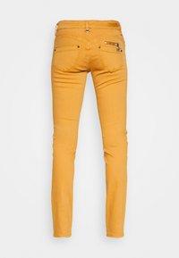 Freeman T. Porter - ALEXA NEW MAGIC COLOR - Jeans Skinny Fit - pumpskin spice - 1