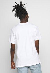 Nike Sportswear - AIR PHOTO TEE - Print T-shirt - white - 2