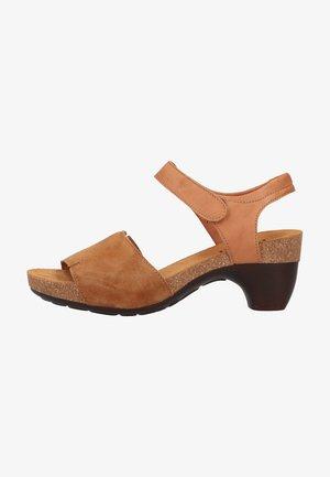 Sandály - cognac/kombi