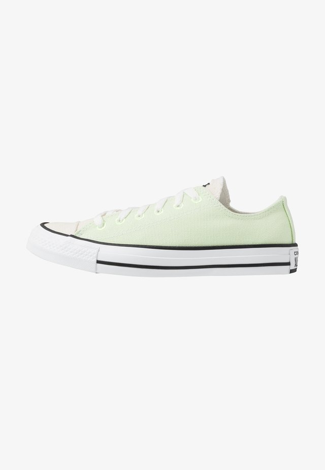 CHUCK TAYLOR ALL STAR OX RENEW - Trainers - barely volt/natural/black