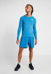 ODLO - SHORTS CORE LIGHT - Sportovní kraťasy - mykonos blue - 1