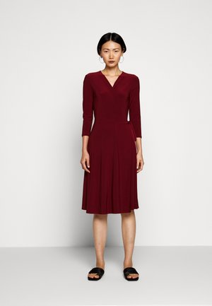 DIDA - Jersey dress - ziegelrot rot