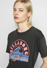 Billabong - SURF DREAM - T-shirt con stampa - black - 3