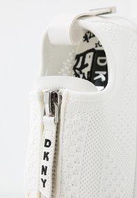 DKNY - MELISSA ZIPPER - Trainers - white - 6