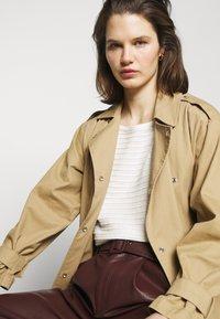 Esprit - Sweter - off white - 4