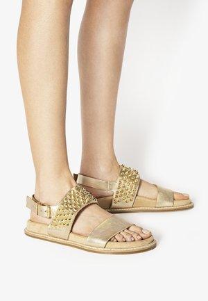 Sandały - mntrl gold ngl