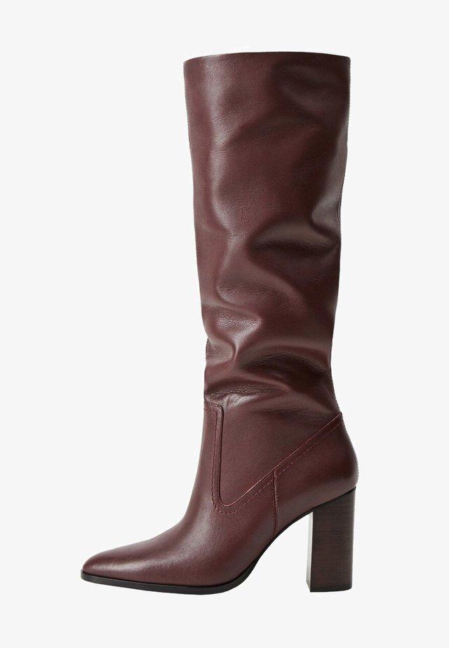 BOBY - Boots med høye hæler - maroon