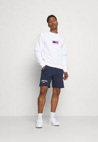 Tommy Jeans - TIMELESS - Shorts - blue - 1