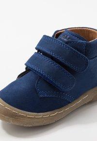 Froddo - KART SLIM FIT - Zapatos de bebé - blue electric - 2