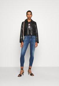 Liu Jo Jeans - MODA - T-shirt print - nero - 1
