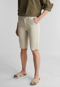 Esprit - Shorts - sand - 3
