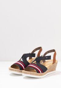 Rieker - Platform sandals - pazifik/cayenne - 4