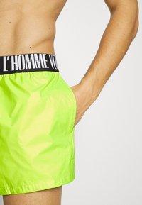 Versace - BOXER MARE UOMO - Swimming shorts - acacia - 3