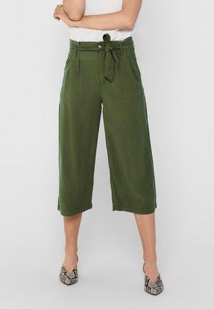 ONLAMINTA ARIS LIFE CULOT - Trousers - kalamata