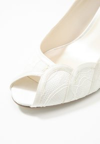 Paradox London Pink - COLEEN - Scarpe da sposa - ivory - 2