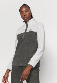 Columbia - BENTON SNAP - Fleece jumper - city grey heather/chalk - 0