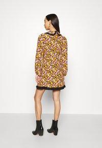 Topshop - COLLAR FLORAL MINI DRESS - Day dress - multicolor - 2