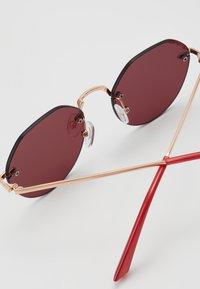 Even&Odd - Sunglasses - red - 3
