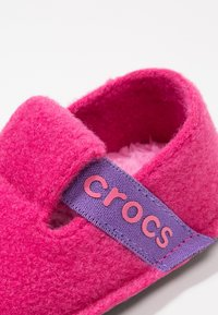 Crocs - CLASSIC - Slippers - candy pink - 2