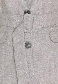 Trendyol - Krótki płaszcz - gray - 2